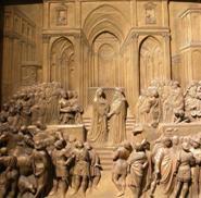 """Не случайно подобные скульптурные рельефы получили название  """"живописных..."""
